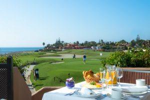 Golf vid stranden på Guadalmina
