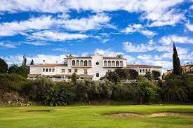Golfresa till Anoreta, Klubbhuset